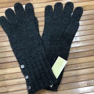 Gray knit Michael Kors gloves NWT